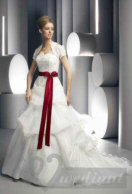 White bridal dress with red wedding belt