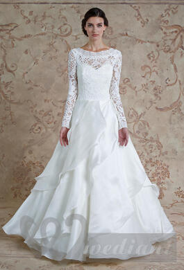 Autumn wedding dress with lace