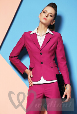 Stylish women's paint suit
