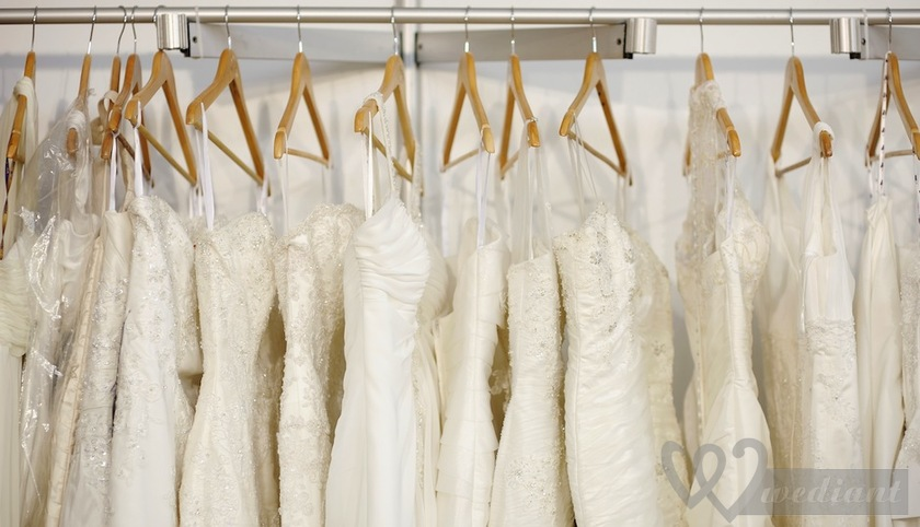 Four ways that will be able to help each bride to buy a wedding dress with the most profitable prices