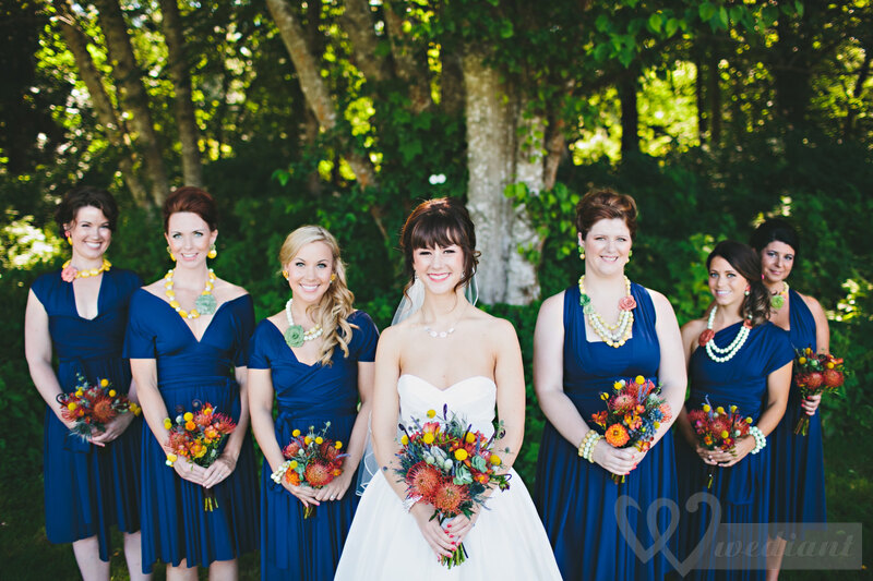 A style of bride and her bridesmaids